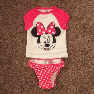 Adorable Minnie Mouse swimsuit size 4t